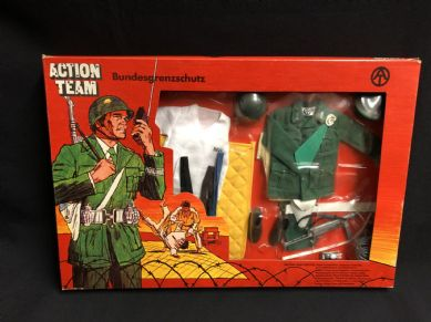 VINTAGE ACTION TEAM - BUNDESGRENZSCHUTZ - CARDED UNIFORM (Ref 2)